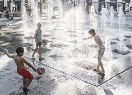 City, children playing